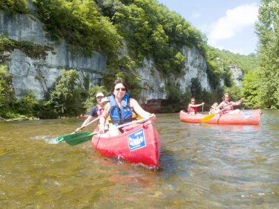 Canoeing Tursac - on the Vezere river